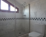 Ref 450 La Finca no79 10 – Bathroom upstairs no77